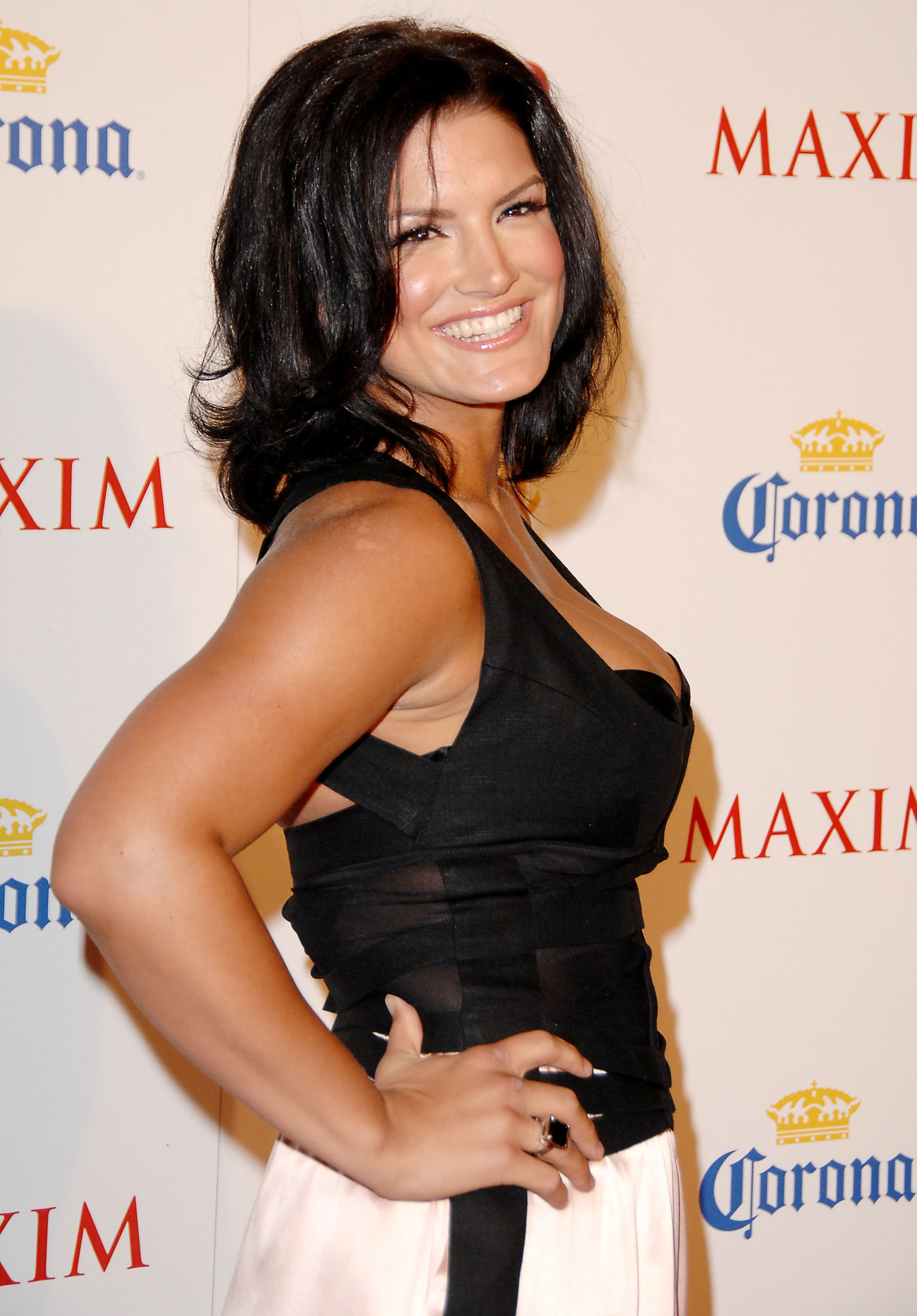 http://www.gina-carano.org/wp-content/uploads/2009/05/gina-carano-maxim-hot-100-party-.jpeg